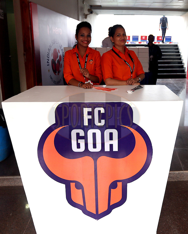 during match 25 of the Indian Super League (ISL) season 2  between FC Goa and FC Pune City held at the Jawaharlal Nehru Stadium, Fatorda, Goa, India on the 30th October 2015.<br /> <br /> Photo by Sandeep Shetty / ISL/ SPORTZPICS