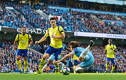 MANCHESTER, ENGLAND - Saturday, October 15, 2016: Manchester City's David Silva is brought down by Everton's captain Phil Jagielka for a penalty during the FA Premier League match at the City of Manchester Stadium. (Pic by Gavin Trafford/Propaganda)