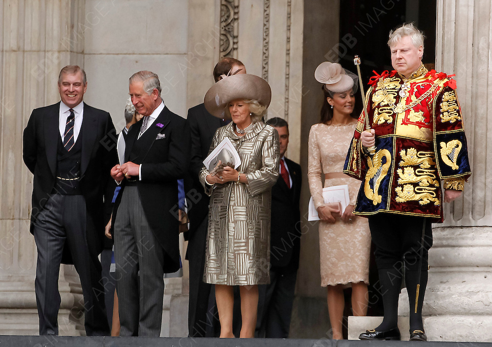 05.JUNE.2012. LONDON<br /> <br /> PRINCE ANDREW, PRINCE CHARLES AND CAMILLA DUCHESS OF CORNWALL, PRINCE WILLIAM AND PRINCE HARRY LEAVING THE SERVICE OF THANKSGIVING AS PART OF THE QUEEN'S DIAMOND JUBILEE CELEBRATIONS AT ST PAUL'S CATHEDRAL IN LONDON<br /> <br /> BYLINE: EDBIMAGEARCHIVE.CO.UK<br /> <br /> *THIS IMAGE IS STRICTLY FOR UK NEWSPAPERS AND MAGAZINES ONLY*<br /> *FOR WORLD WIDE SALES AND WEB USE PLEASE CONTACT EDBIMAGEARCHIVE - 0208 954 5968*