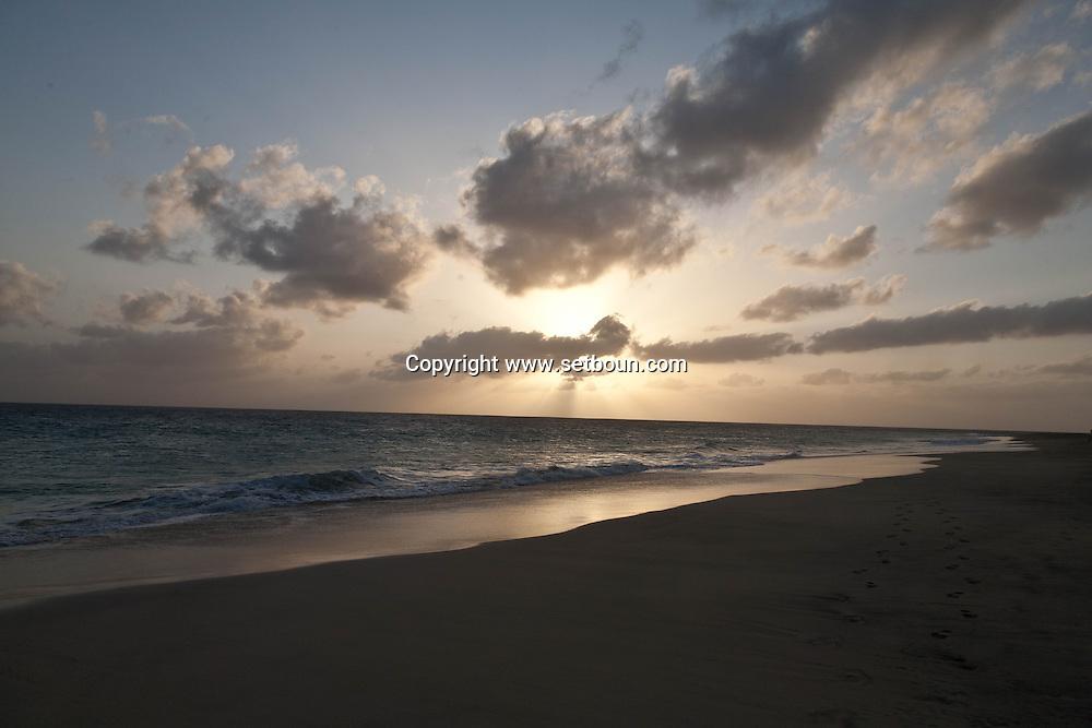 Cape Verde. sea beaches. street life in  Sal island     / Cap-Vert:  mer, plages, scenes de rue dans la ville de   ile de Sal    / Cap-Vert:  capv034