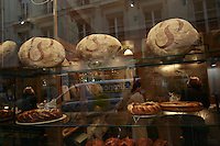 The bakery of Poilane, the maker of pain levain, on rue de la Cherche <br /> Midi, in Paris