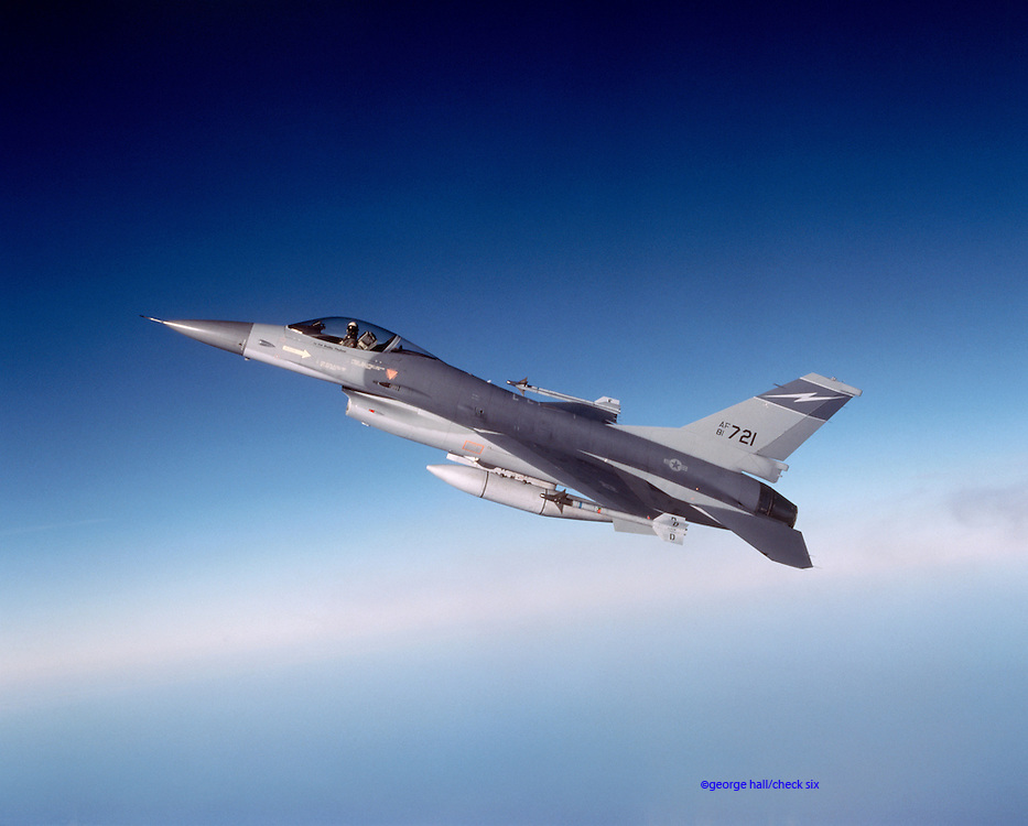 F16 Falcon in flight