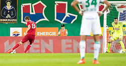 25.08.2016, Allianz Stadion, Wien, AUT, UEFA EL, SK Rapid Wien vs FK AS Trencin, Play off, Rueckspiel, im Bild James Lawrence (FK AS Trencin), Jan Novota (SK Rapid Wien) beim Tor zum 0:1// during the UEFA Europa League Play off 2nd Leg Match between SK Rapid Wien and FK AS Trencin at the Allianz Stadion, Vienna, Austria on 2016/08/25. EXPA Pictures © 2016, PhotoCredit: EXPA/ Sebastian Pucher