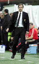 18.09.2010, Giuseppe-Meazza-Stadion, Florenz, ITA, Serie A, AC Mailand vs Catania Calcio, im Bild L'allenatore del Milan MASSIMILIANO ALLEGRI. EXPA Pictures © 2010, PhotoCredit: EXPA/ InsideFoto/ Alberto Camici +++++ ATTENTION - FOR AUSTRIA AND SLOVENIA CLIENT ONLY +++++ / SPORTIDA PHOTO AGENCY