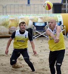 16-08-2014 NED: NK Beachvolleybal 2014, Scheveningen<br /> Marco Daalmeijer (2), Kees Spil (1)