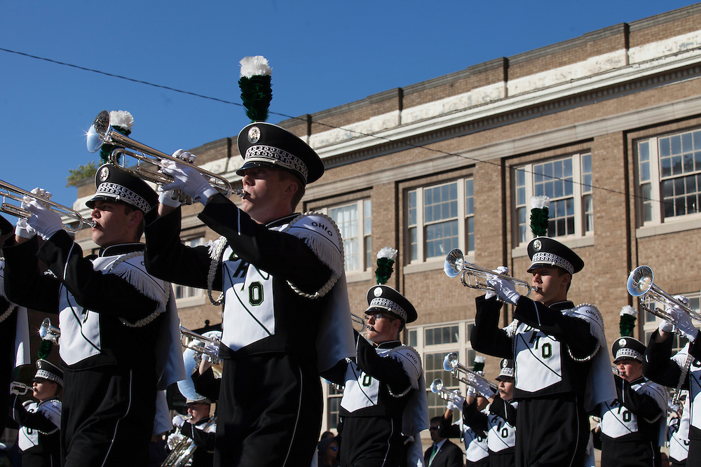 The Marching 110 marches in the homecoming parade. © Ohio University / Photo by Kaitlin Owens
