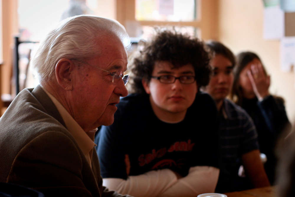 Leonard Boswell speaks to students and area citizens in Saints' Rest Coffeeshop in downtwon Grinnell on Tuesday.