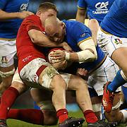 Cardiff 11/03/2018, Principality Stadium<br /> Natwest 6 nations 2018<br /> Galles vs Italia<br /> Sergio Parisse placcato da Justin Tipuric