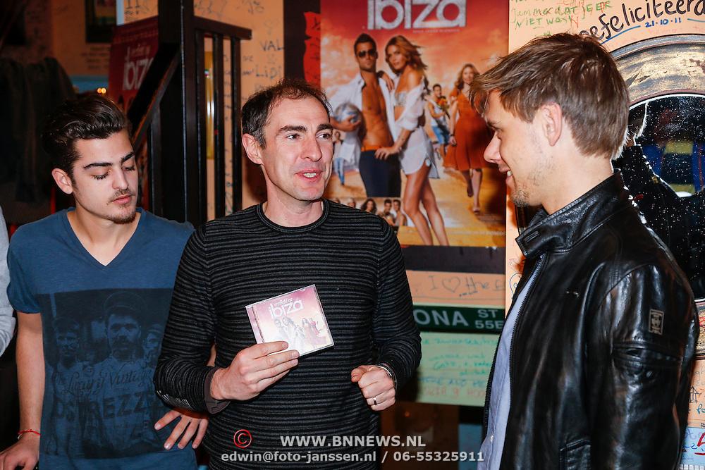 NLD/Amsterdam/20130219 - Platina Award voor de film Verliefd op Ibiza, cd voor Armin van Buuren