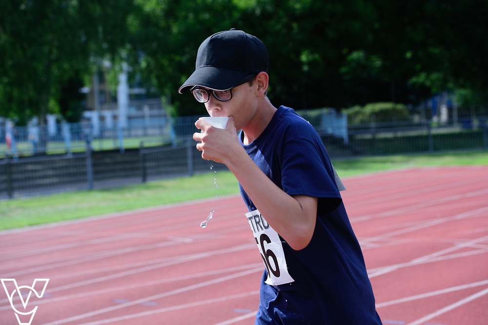 Metro Blind Sport's 2017 Athletics Open held at Mile End Stadium.  5000m.  Aaron Reynolds<br /> <br /> Picture: Chris Vaughan Photography for Metro Blind Sport<br /> Date: June 17, 2017
