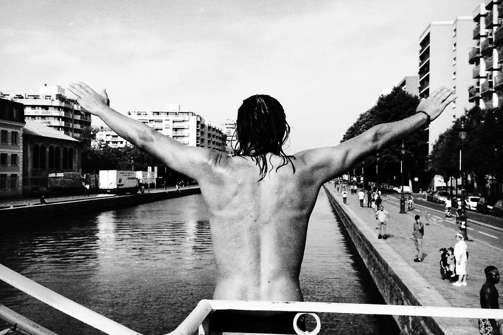 Canal, Paris