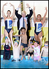 MAY 30 2013 Mayor Boris Johnson with Team GB synchronised swimming
