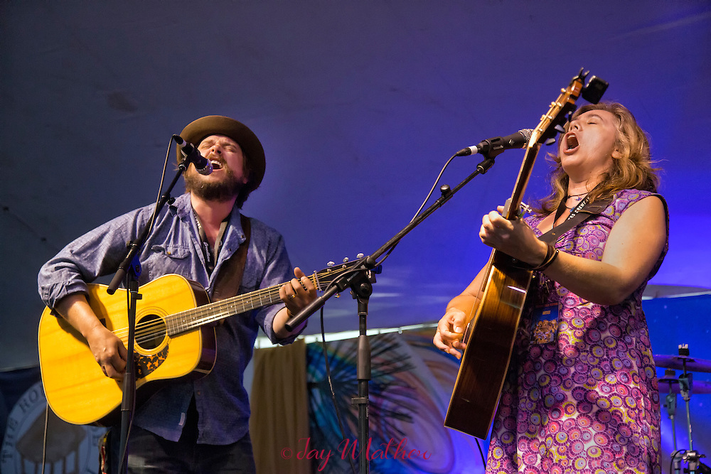 The 21st annual Sisters Folk Festival<br /> <br /> Sunday sessions.  <br /> Community Celebration at Village Green<br /> Whitehorse at Melvin's Market.<br /> Shawn Mullins, Radoslav Lorkovic, Ara Lee, Kathryn Claire, Small Glories. Max Gomez, Laurie Lewis, Molly Tuttle, Annie Staninec, Beth Wood, Ana Tivel, Peter Mulvey, Tom Rozum, crowd