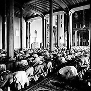 Jama Masjid Mosque during the friday prayer, Srinagar, Kashmir 2010