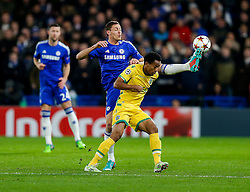Nemanja Matic of Chelsea challenges Andre Carrillo of Sporting - Photo mandatory by-line: Rogan Thomson/JMP - 07966 386802 - 10/12/2014 - SPORT - FOOTBALL - London, England - Stamford Bridge - Sporting Clube de Portugal - UEFA Champions League Group G.