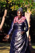 Queen Kapiolani statue, Kapiolani Park, Waikiki, Oahu, Hawaii<br />
