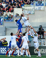 Rome, Italy -Touche' between Dusatoir and Parisse during Italia vs Francia race of the championship rugby SIX NATIONS played at the Olimpico in Rome.(Credit Image: © Gilberto Carbonari/).