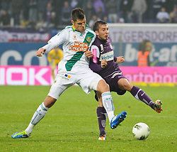 23.10.2011, Generali Arena, Wien, AUT, 1. FBL, Wiener Derby FK Austria Wien vs SK Rapid Wien, im Bild Zweikampf zwischen Christopher Trimmel, (SK Rapid Wien, #28) und Markus Suttner, (FK Austria Wien, #29) // during the vienna derby FK Austria Wien vs SK Rapid Wien, Generali Arena, Vienna, 2011-10-23, EXPA Pictures © 2011, PhotoCredit: EXPA/ M. Gruber