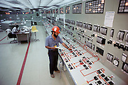 Control Room of the nuclear power plant at Laguna Verde, near Veracruz, Mexico. The Laguna Verde reactor is of the pressurized water (PWR) design. (1987).