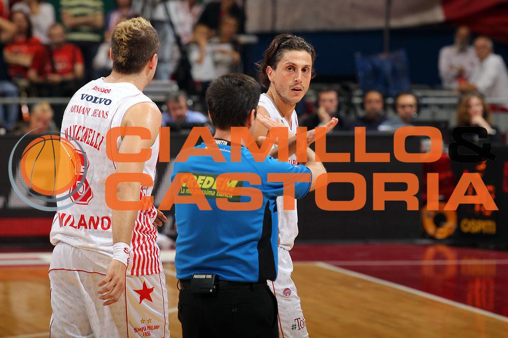 DESCRIZIONE : Milano Lega A 2009-10 Playoff Finale Gara 3 Armani Jeans Milano Montepaschi Siena<br /> GIOCATORE : Marco Mordente Arbitro<br /> SQUADRA : Armani Jeans Milano<br /> EVENTO : Campionato Lega A 2009-2010 <br /> GARA : Armani Jeans Milano Montepaschi Siena<br /> DATA : 17/06/2010<br /> CATEGORIA : Ritratto Delusione<br /> SPORT : Pallacanestro<br /> AUTORE : Agenzia Ciamillo-Castoria/G.Cottini<br /> Galleria : Lega Basket A 2009-2010 <br /> Fotonotizia : Milano Lega A 2009-10 Playoff Finale Gara 3 Armani Jeans Milano Montepaschi Siena<br /> Predefinita :