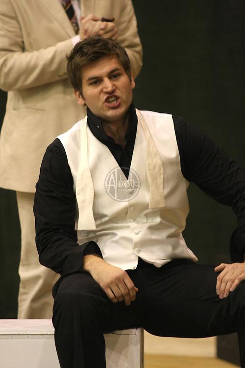 Michael Krzankowski as Guglielmo