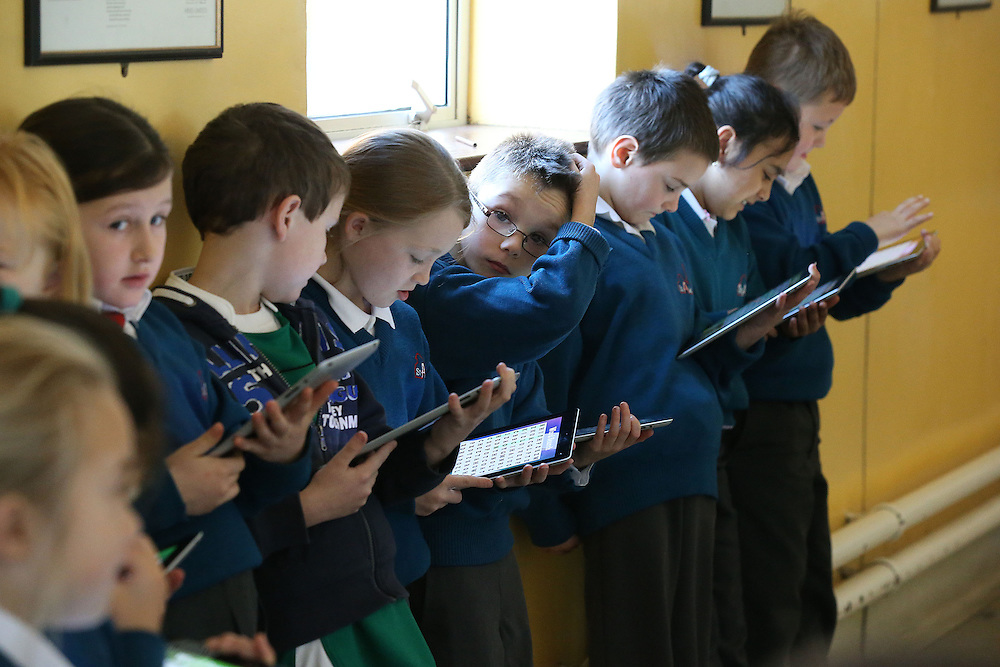 10/12/2012. Technology. Pictured at St Aidans School Enniscorthy, Co Wexford is 2nd Class with their iPads. Photo Patrick Browne