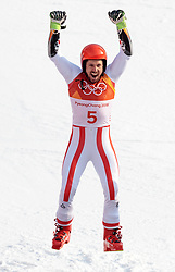 18.02.2018, Yongpyong Alpine Centre, Pyeongchang, KOR, PyeongChang 2018, Ski Alpin, Herren, Riesenslalom, Siegerpräsentation, im Bild Marcel Hirscher (AUT, 1. Platz) // gold medalist and Olympic champion Marcel Hirscher of Austria during the winner presentation of the men's Alpine Giant Slalom Race of the Pyeongchang 2018 Winter Olympic Games at the Yongpyong Alpine Centre in Pyeongchang, South Korea on 2018/02/18. EXPA Pictures © 2018, PhotoCredit: EXPA/ Johann Groder