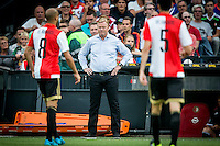 EINDHOVEN - Feyenoord - Southampton FC , Voetbal , Voorbereiding , Oefenwedstrijd , Seizoen 2015/2016 , Stadion de Kuip , 23-07-2015 , Southampton trainer Ronald Koeman tussen de feyenoord spelers