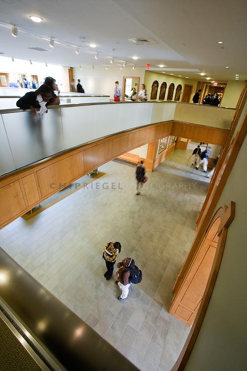_8FI8419. Sheffield, MA, USA. ©2009 Chip Riegel / www.chipriegel.com. 10/06/2009. Berkshire School, fall 2009.