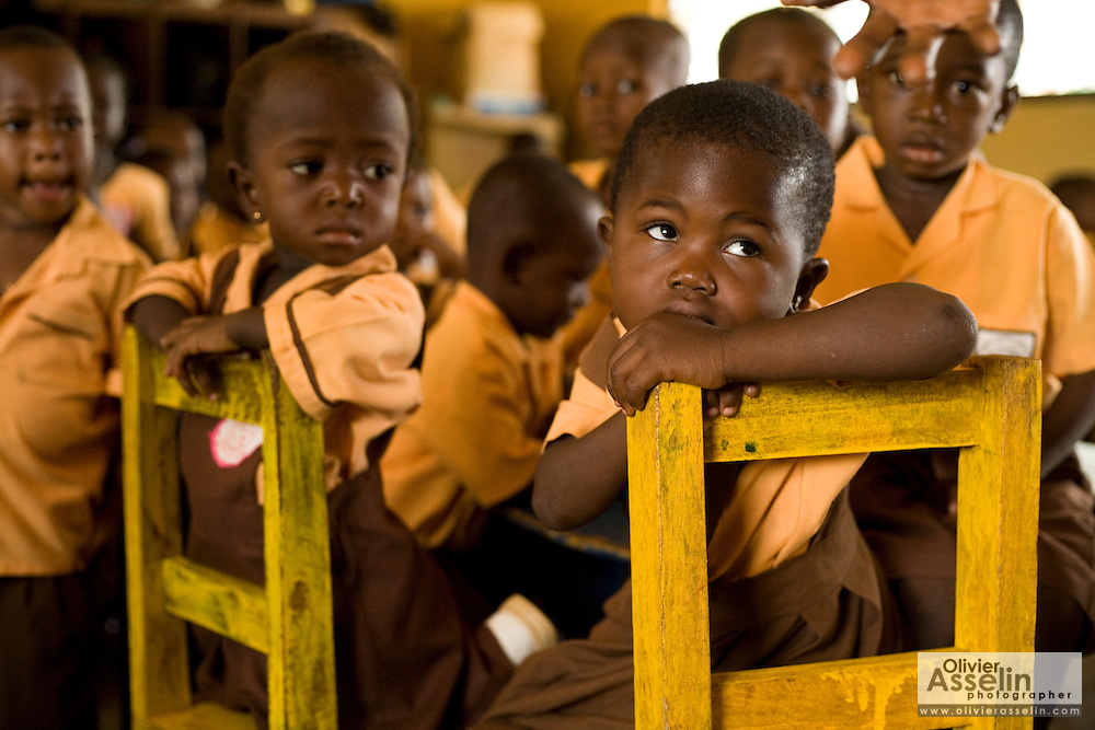 Kindergarten class at the Dahin-Sheli primary school in Tamale, northern Ghana, on Friday June 8, 2007.