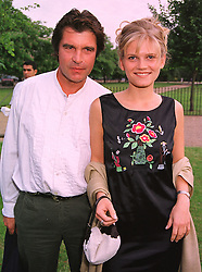 Actor OLIVER TOBIAS and MISS ARABELLA ZAMOYSKA at a party in London on 7th July 1999.MUC 12