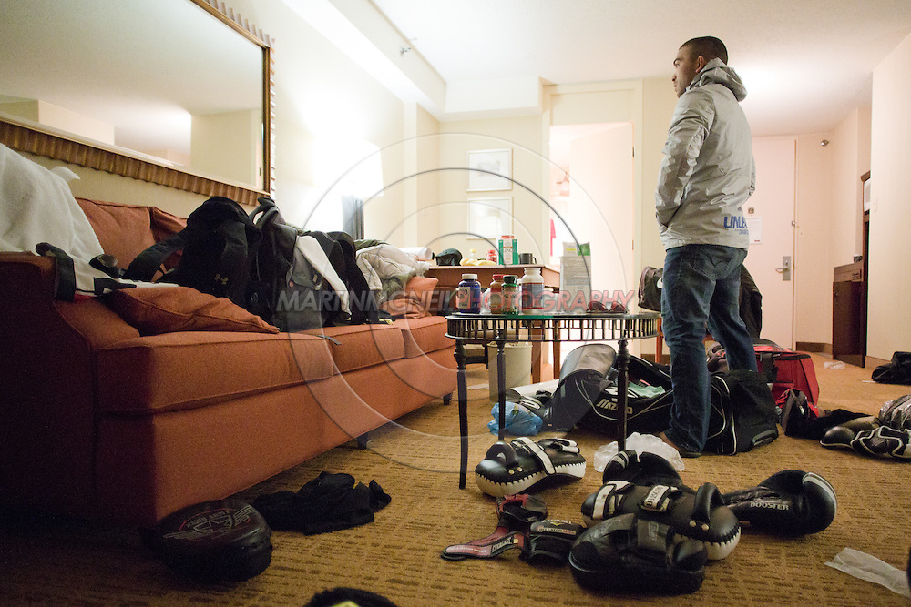 "ST. LOUIS, MO, JUNE 19, 2015: Patricio ""Pitbull"" Freire stares at his reflection inside his hotel room ahead of Bellator 138 in St. Louis, Missouri © Sara Levin"