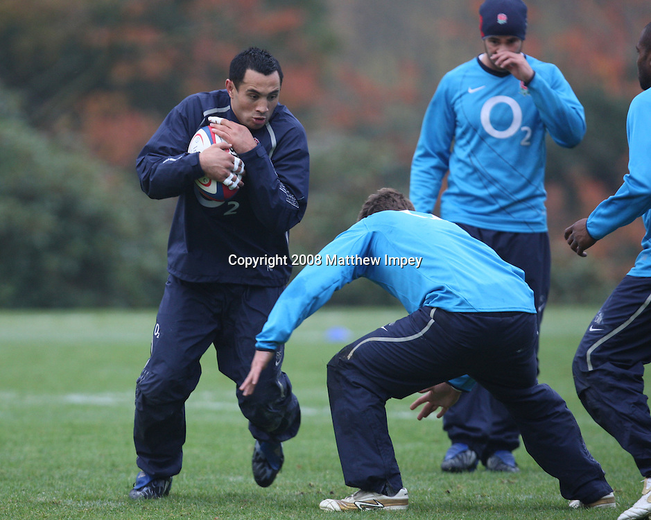 Riki Flutey runs with the ball. England Rugby Union Training, Pennyhill Park Hotel, Bagshot, Surrey, 04/11/2008. © Matthew Impey / Wiredphotos.co.uk. tel: 07789 130 347 e: matt@wiredphotos.co.uk