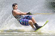 Tommy en slalom