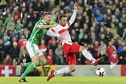 November 9, 2017 - Belfast, Nordirland - Belfast, 09.11.2017, Fussball WM Qualifikation Playoff, Nordirland - Schweiz, Gareth McAuley (NIR) gegen Haris Seferovic (SUI) (Credit Image: © Pascal Muller/EQ Images via ZUMA Press)