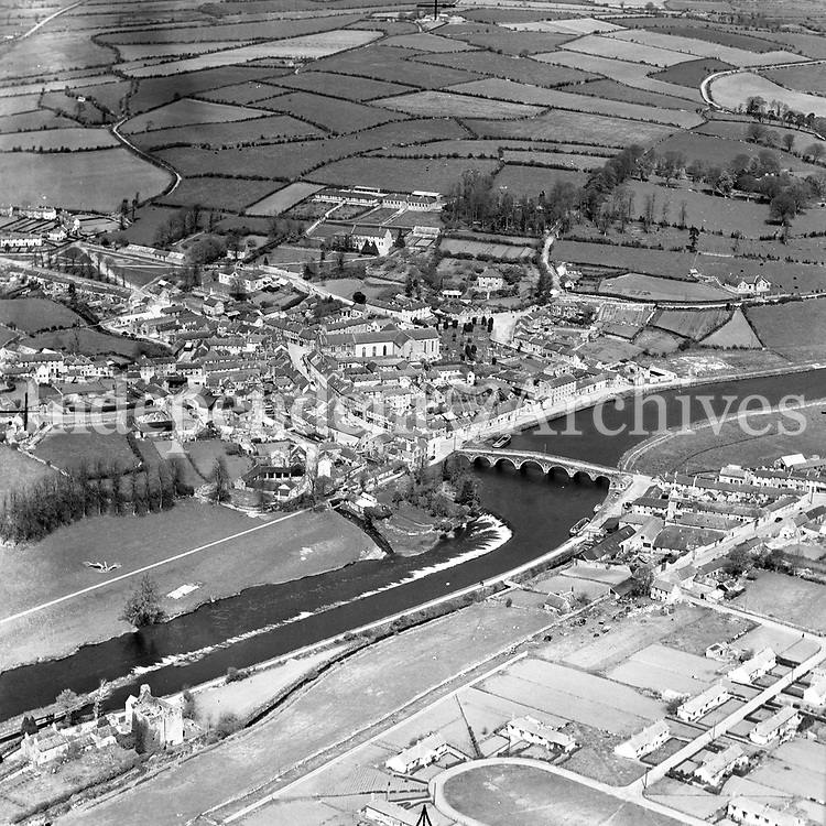 A218 Graiguenamanagh.   05/12/52. (Part of the Independent Newspapers Ireland/NLI collection.)<br />