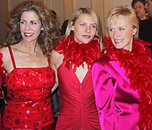 Rita Wilson, Claire Danes, Glen Close at VDay Vagina Monologues 02/10/2001
