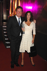 PIERS MORGAN and TERI HATCHER at the Glamour magazine Women of the Year Awards held in the Berkeley Square Gardens, London W1 on 5th June 2007.<br /><br />NON EXCLUSIVE - WORLD RIGHTS