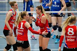 20170430 NED: Eredivisie, VC Sneek - Sliedrecht Sport: Sneek<br />Teleurstelling bij VC Sneek, oa Klaske Sikkes (10) of VC Sneek, Nienke Tromp (9) of VC Sneek <br />&copy;2017-FotoHoogendoorn.nl / Pim Waslander