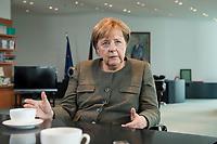 13 SEP 2017, BERLIN/GERMANY:<br /> Angela Merkel, CDU, Bundeskanzlerin, waehrend einem Interview, in Ihrem Buero, Bundeskanzlerin<br /> IMAGE: 20170917-01-012<br /> KEYWORDS: B&uuml;ro
