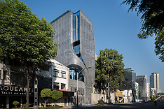 RIO TIBER 53 / BELZBERG ARCHITECTS