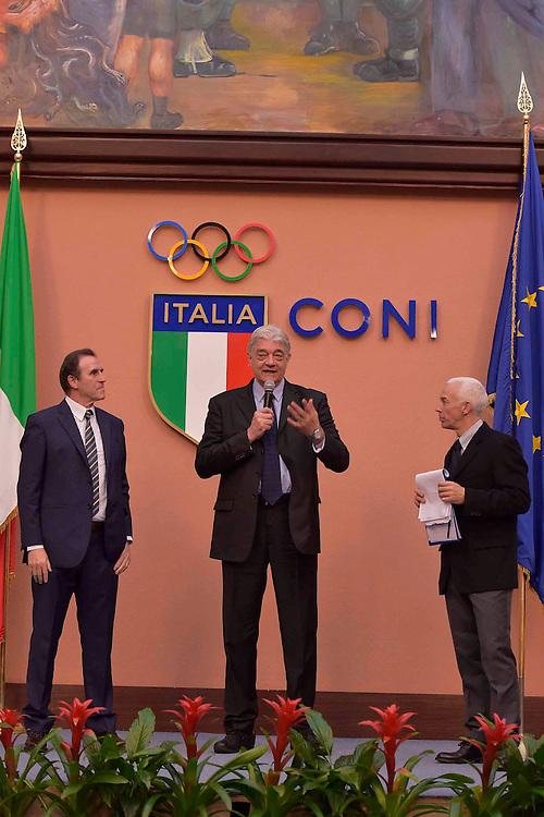 DESCRIZIONE : Roma Basket Day Hall of Fame 2014<br /> GIOCATORE : Fabrizio Della Fiori Carlo Recalcati Ugo Francica Nava<br /> SQUADRA : FIP Federazione Italiana Pallacanestro <br /> EVENTO : Basket Day Hall of Fame 2014<br /> GARA : Roma Basket Day Hall of Fame 2014<br /> DATA : 22/03/2015<br /> CATEGORIA : Premiazione<br /> SPORT : Pallacanestro <br /> AUTORE : Agenzia Ciamillo-Castoria/GiulioCiamillo