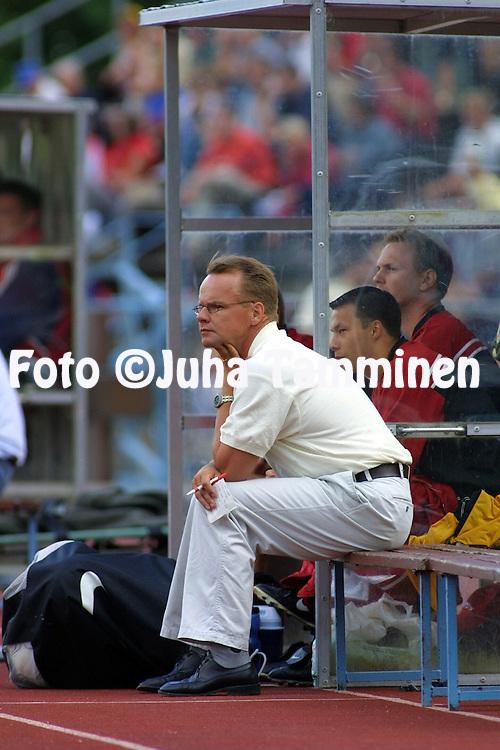11.07.2001 Vantaa, Finland. Veikkausliiga, Atlantis FC v Myllykosken Pallo-47. Valmentaja/Coach Juha Malinen (MyPa)..©JUHA TAMMINEN