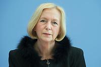 21 FEB 2013, BERLIN/GERMANY:<br /> Johanna Wanka, CDU, Bundesministerin fuer Bildung und Forschung, wahrend einer Pressekonferenz, Bundespressekonferenz<br /> IMAGE: 20130221-01-021
