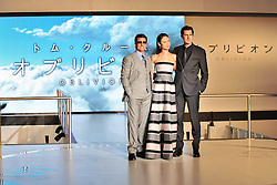 59619352 .Olga Kurylenko, Tom Cruise and Joseph Kosinski at the Japan Premiere from Oblivion in the Roppongi Hills Arena, Tokyo, Japan, May 8, 2013. Photo by:  imago / i-Images.UK ONLY