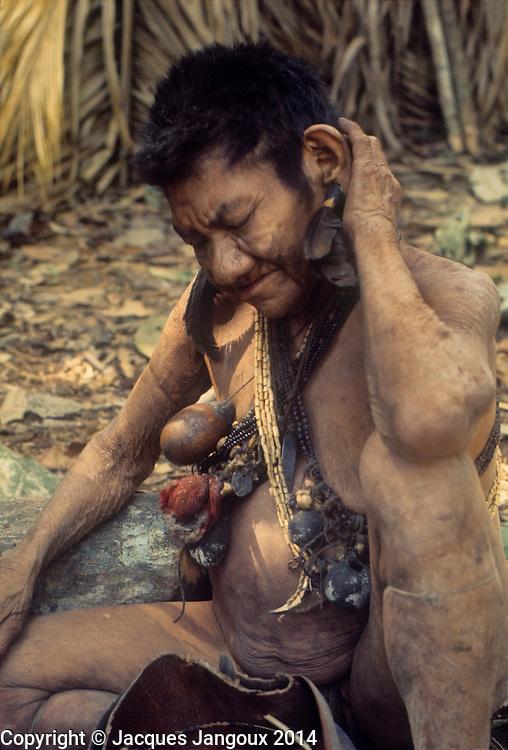 South America, Venezuela, Guiana Highlands. Hoti (Hodi) Indians. Old woman shaman.