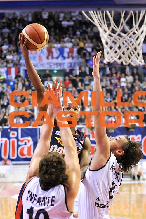DESCRIZIONE : Casale Monferrato Campionato LNP ADECCO GOLD 2013/2014 Angelico Biella Vs Novipiu Casale Monferrato <br /> GIOCATORE : David Jackson<br /> SQUADRA : Novipiu Casale Monferrato<br /> EVENTO : Campionato LNP ADECCO GOLD 2013/2014<br /> GARA : Angelico Biella Vs Novipiu Casale Monferrato <br /> DATA : 17/11/2013<br /> CATEGORIA : tiro, attacco,<br /> SPORT : Pallacanestro <br /> AUTORE : Agenzia Ciamillo-Castoria/G.Gentile<br /> Galleria : LNP GOLD 2013/2014<br /> Fotonotizia : Casale Monferrato Campionato LNP ADECCO GOLD 2013/2014 Angelico Biella Vs Novipiu Casale Monferrato<br /> Predefinita :