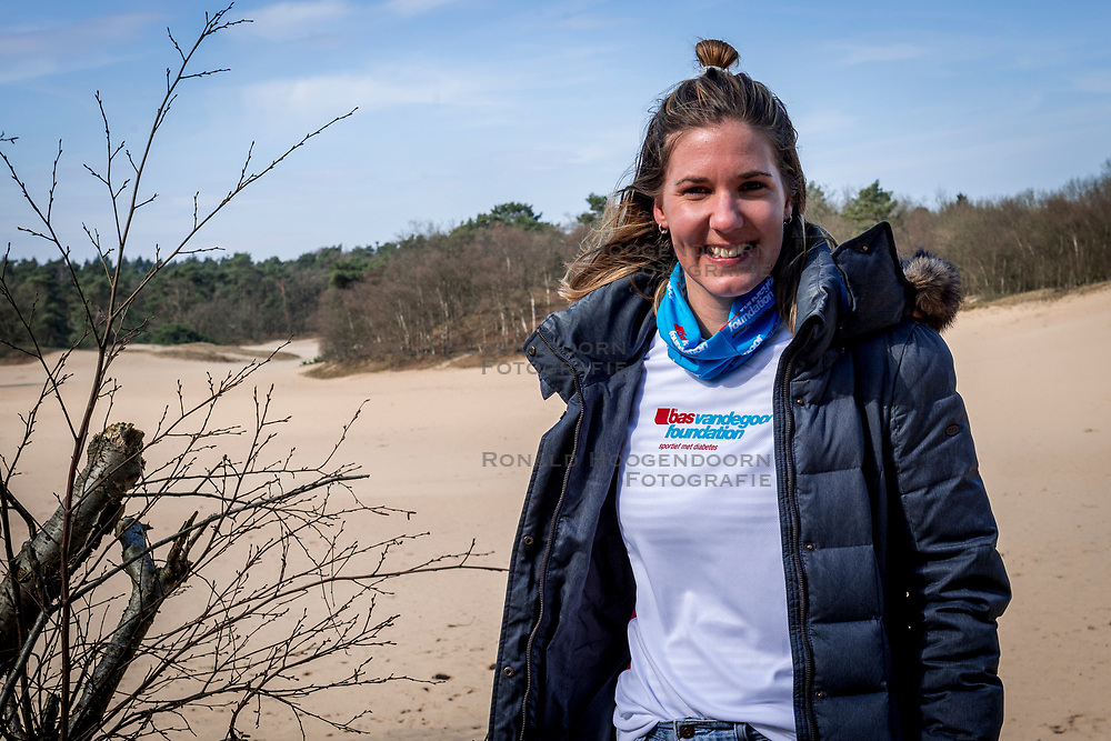 18-03-2018 NED: We hike to change diabetes, Soest<br /> Training voor de Camino 2018 op de Soesterduinen / Miranda