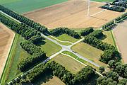 Nederland, Flevoland, Gemeente Zeewolde, 27-08-2013; Vogelweg kruising met Wulpweg, Gruttoweg. Beplanting ontworpen door landschapsarchitect bij de inrichting van de polder,  dubbele rijen populieren. <br /> Vogelweg in the newe polder Flevoland. Planting designed by landscape architect for the design of the polder, double rows of poplars.<br /> aerial photo (additional fee required);<br /> copyright foto/photo Siebe Swart.
