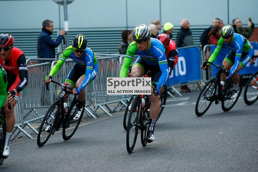 Riders from SportGriub Kuota. Pearl Izumi Tour Series. Round 7 Croydon. (c) Matt Bristow | SportPix.org.uk